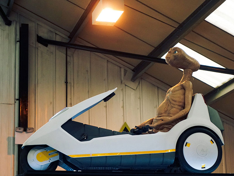 ET riding a Sinclair C5